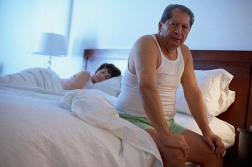 Tiểu đêm là hiện tượng gặp nhiều ở những người trung tuổi