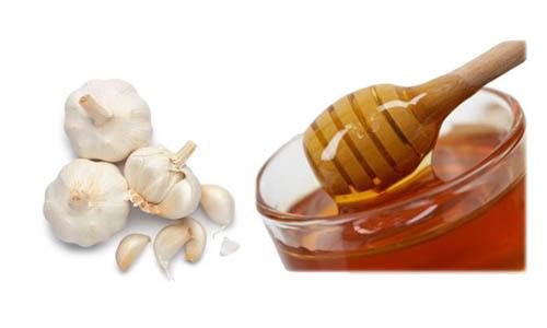 Mật ong và tỏi điều trị hiệu quả viêm xoang