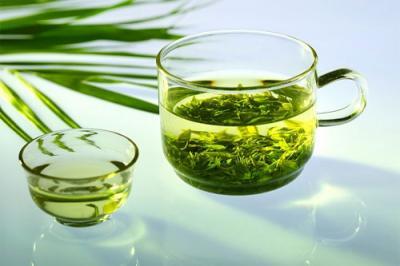 Bài thuốc chữa đau răng từ nước trà xanh