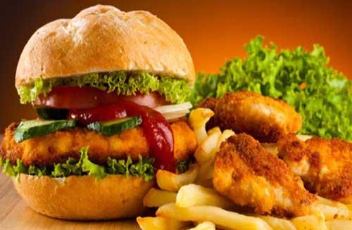 Hạn chế đồ ăn nhanh để giảm thiểu bệnh tiểu đường