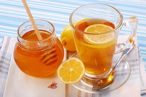 Bài thuốc chữa cảm lạnh từ Mật ong và trà chanh